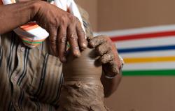مسار الفنون التقليدية بالفخار